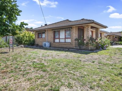 1 / 5 Carrier Street, Benalla