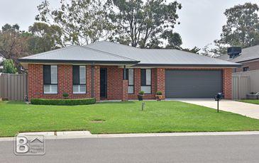 12 Victoria Avenue, Kangaroo Flat