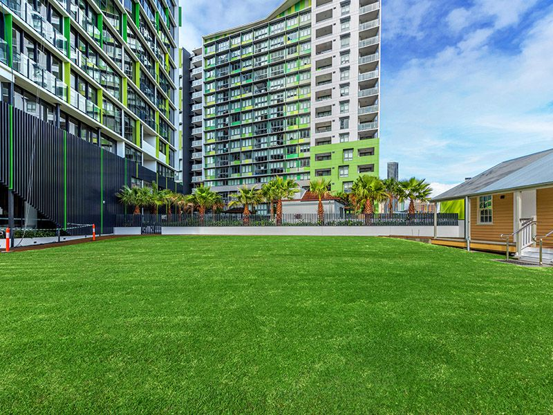 606 / 10 Trinity Street, Fortitude Valley