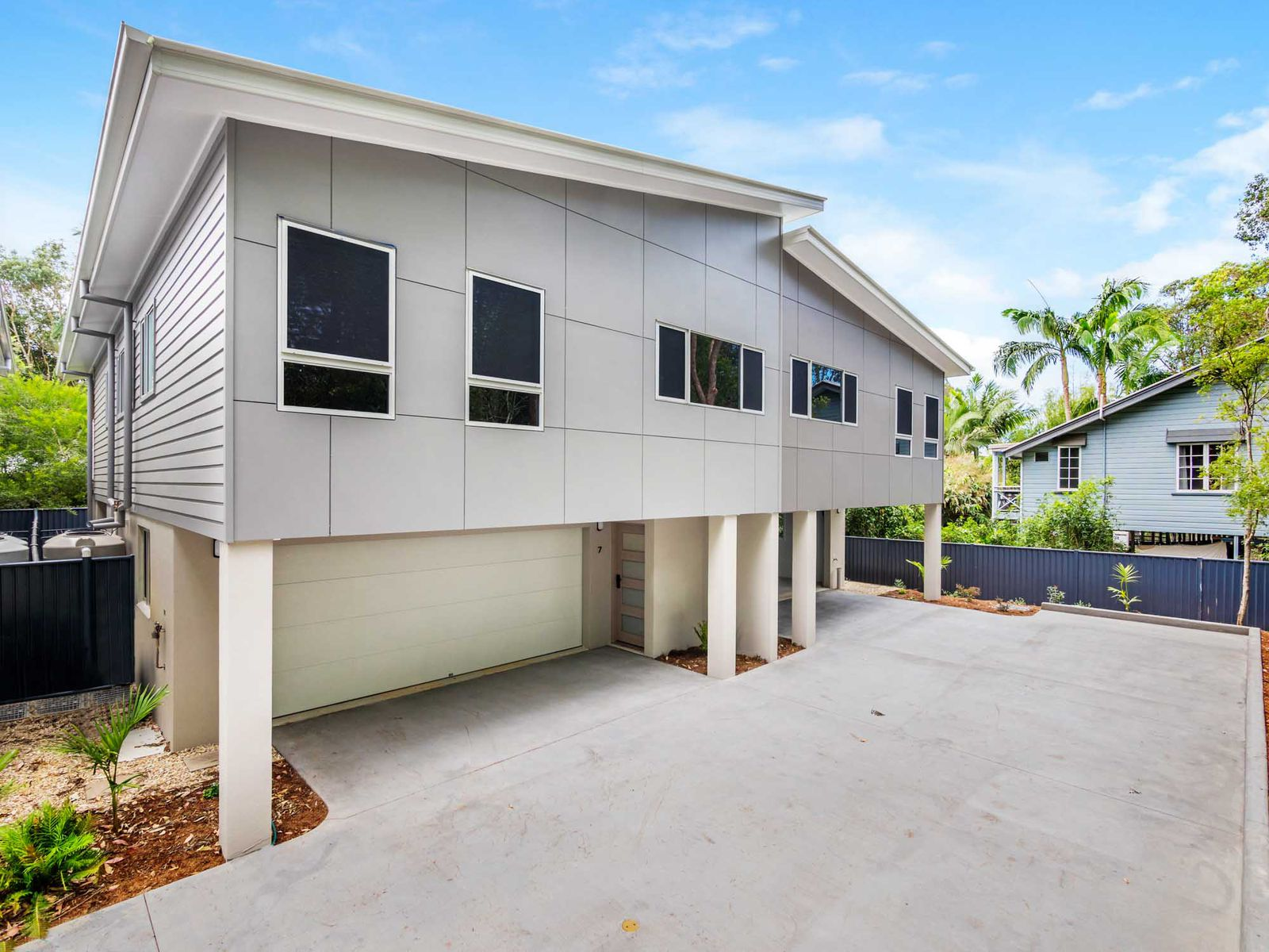 Townhouse 6 / 8 Canowindra Court, South Golden Beach