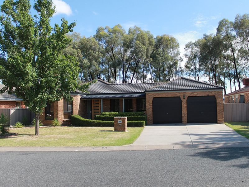 5 HOOK COURT, Wodonga
