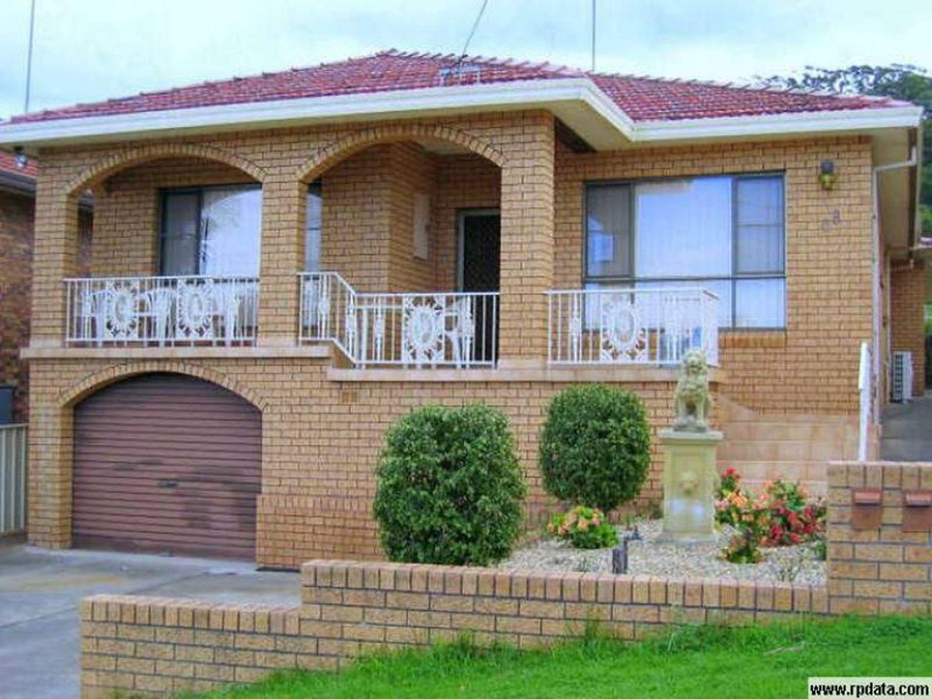 68 Mckenzie Avenue, Wollongong