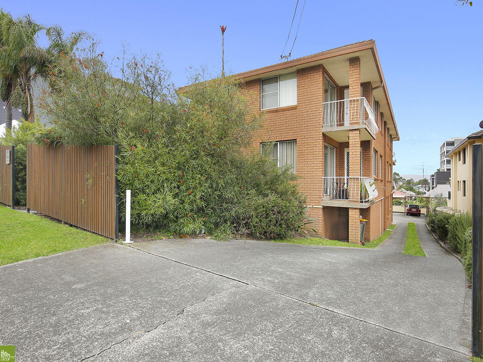 3 / 6 Loftus Street, Wollongong