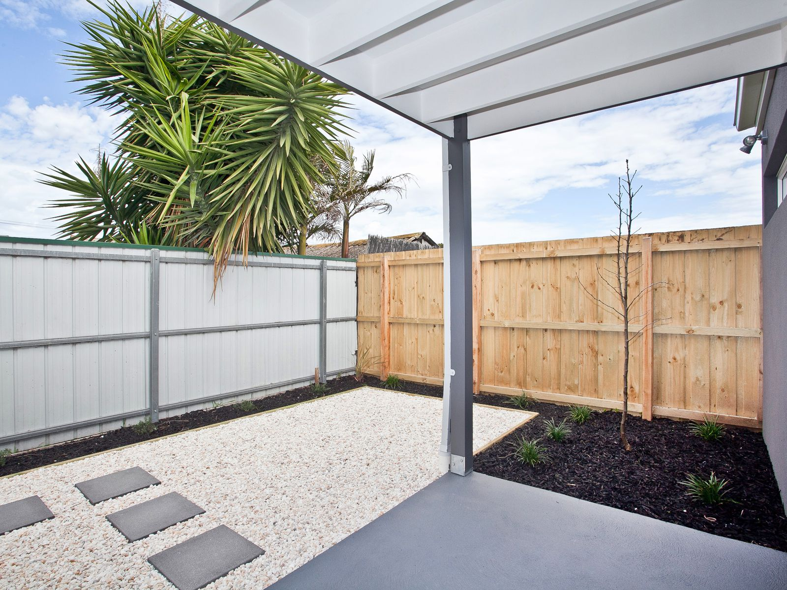 3 / 9 Cranbourne Avenue, Sunshine North