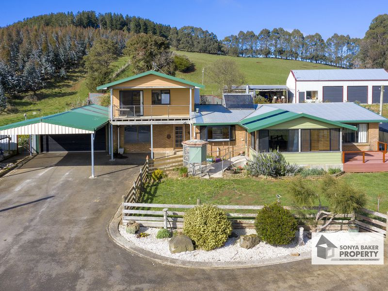 23 Smarts Hill Road, Mount Hicks