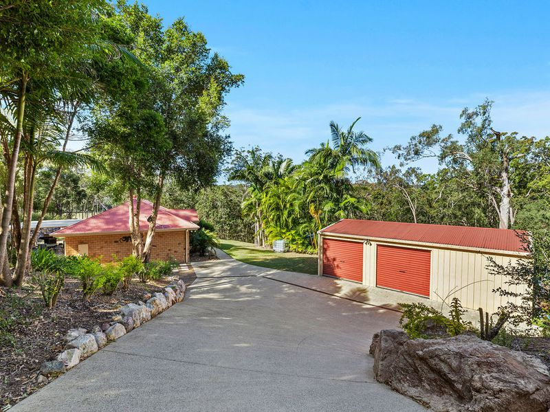 Private Acreage in Country Coolum