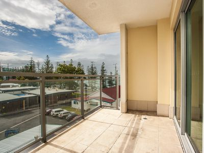 102 / 185 Redcliffe Parade, Redcliffe