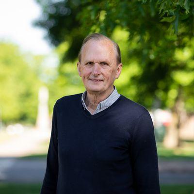 Garry Hubbard