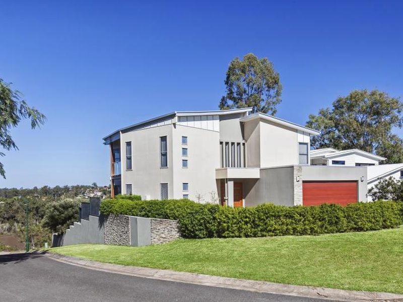 36 Sunset Road, Kenmore