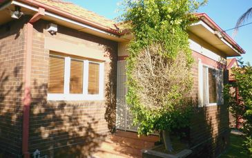 2 Manning Avenue, Strathfield South