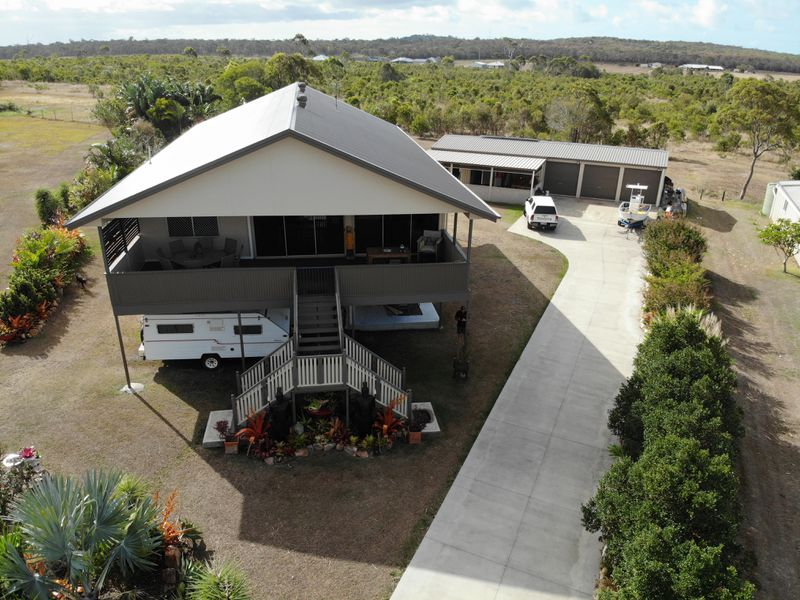 28 Woongoolbver Court, River Heads