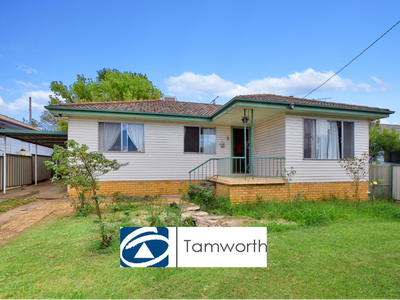 398 Armidale Road, East Tamworth