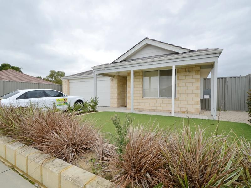 18 Huggins Rd, Byford