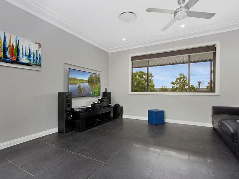 28 Hillcrest Avenue, Penrith