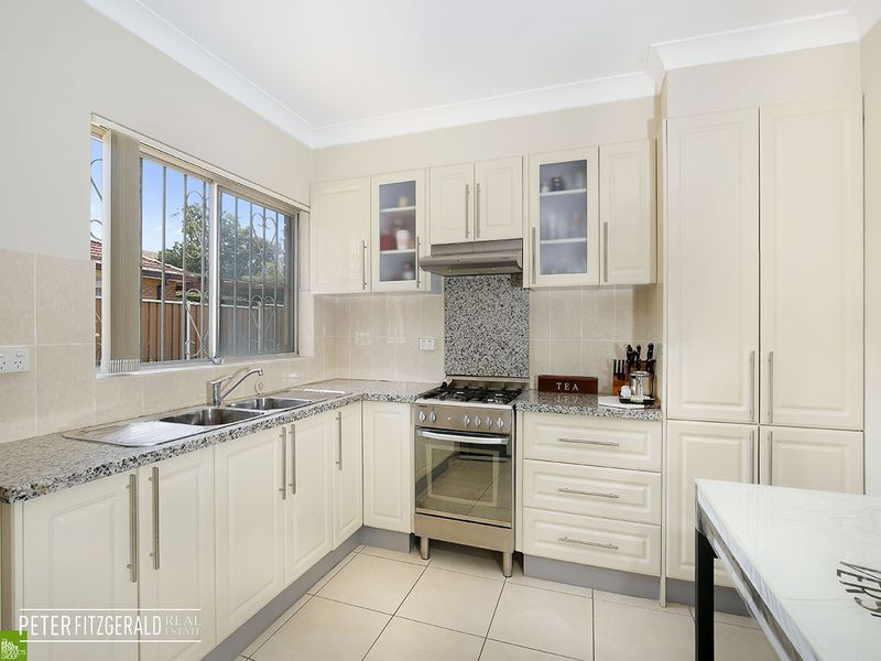 2 / 98 Gladstone Avenue, Coniston