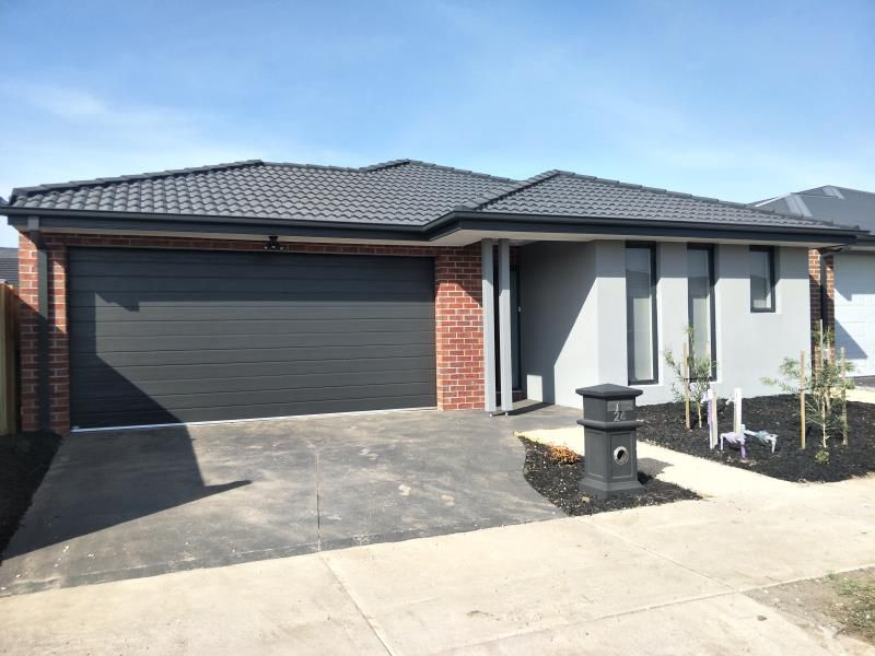 24 Kittiwake Terrace, Werribee