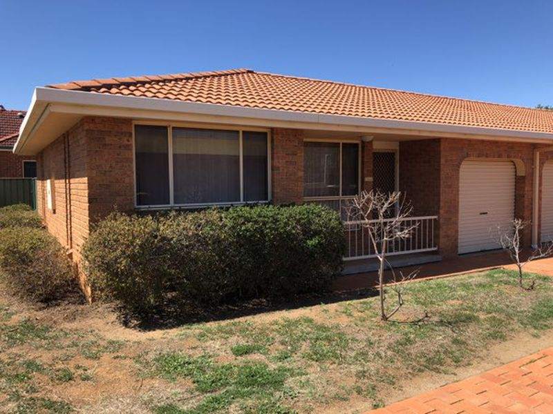 1 / 6 COWPER CLOSE, Tamworth