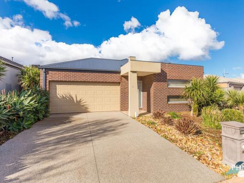 61 Fantail Crescent, Williams Landing