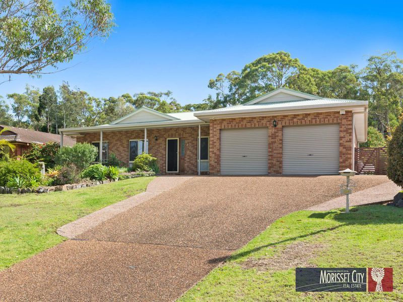 104 Dandaraga Road, Brightwaters