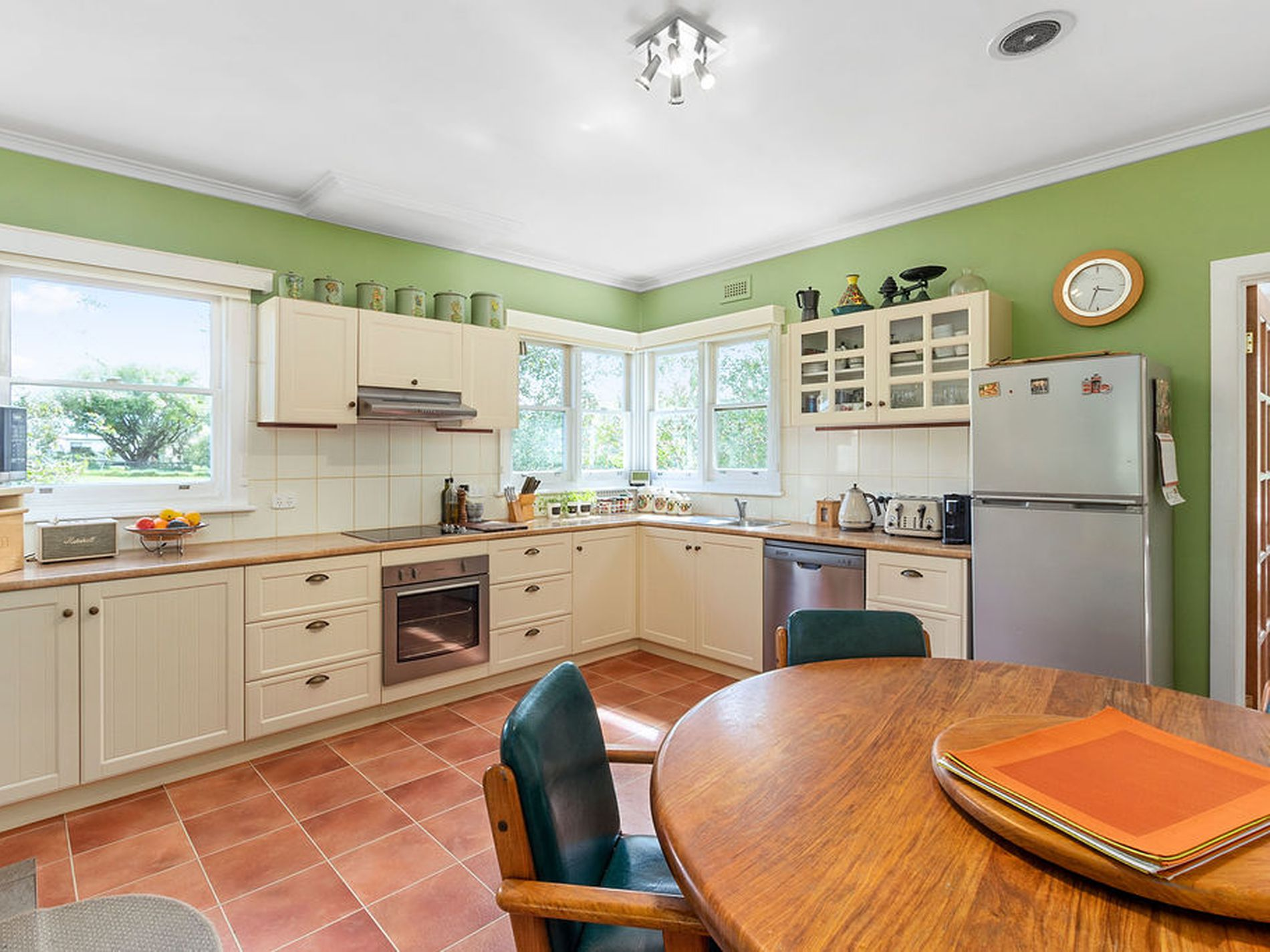 987 Woodbridge Hill Road, Gardners Bay