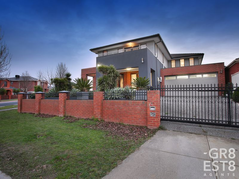 27 Taggerty Crescent, Narre Warren South
