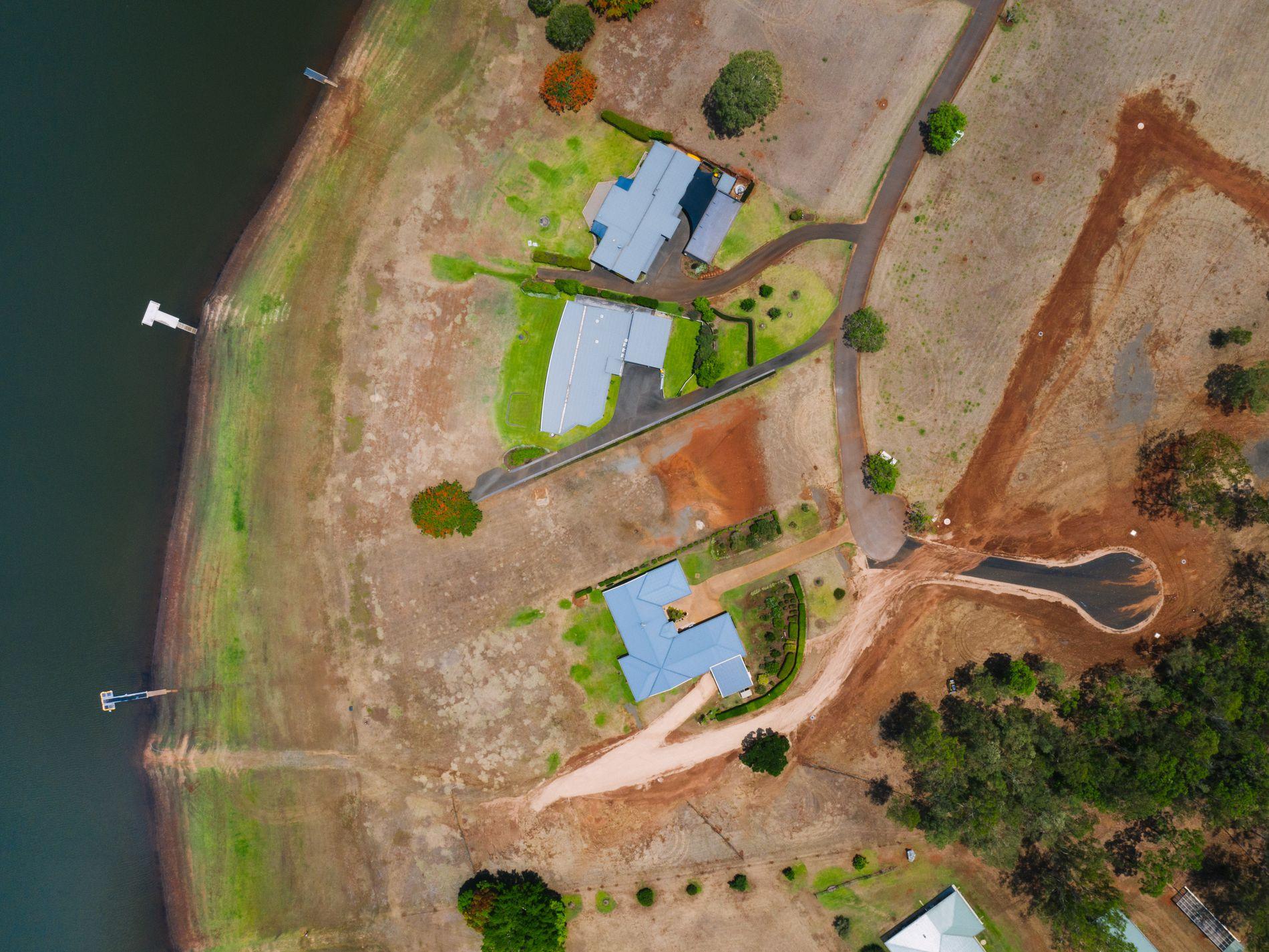2 Barefoot Boulevard, Barrine QLD, Barrine