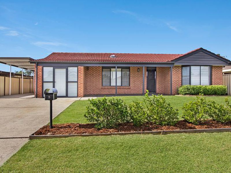5 Marne Place, St Clair
