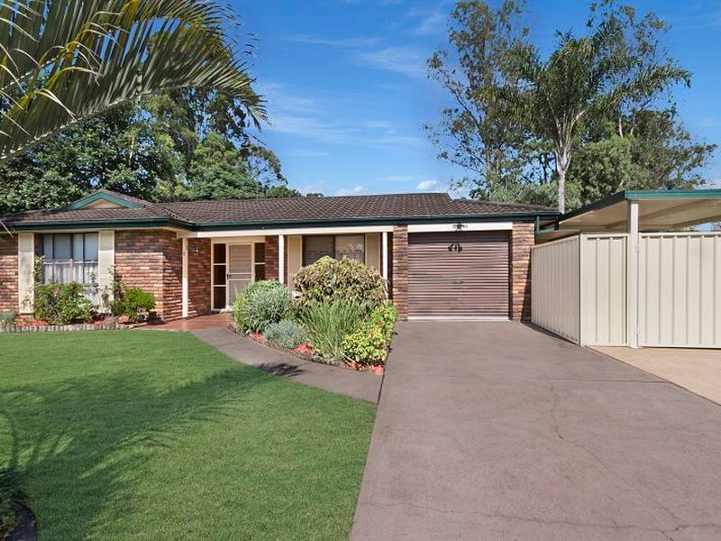7 Barossa Close, St Clair