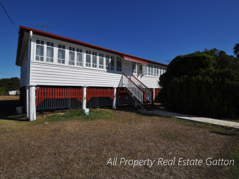 76 Old College Road, Gatton