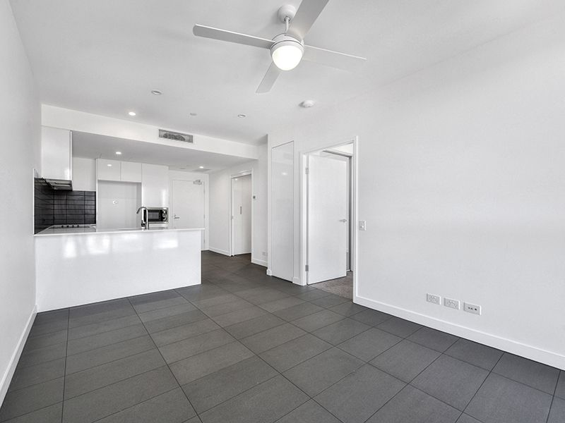2204 / 10 Trinity Street, Fortitude Valley