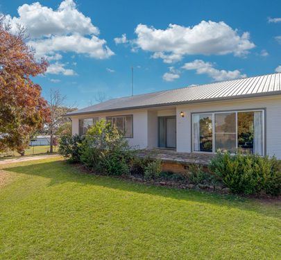 48 Googodery Road, Cumnock