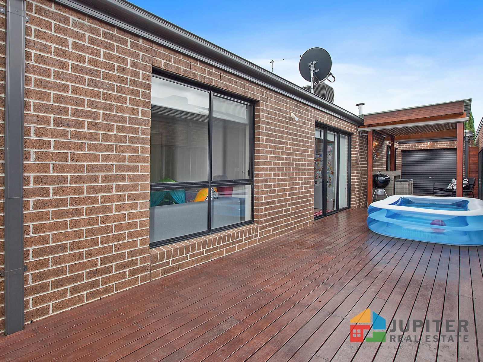 38 Regal Road, Point Cook