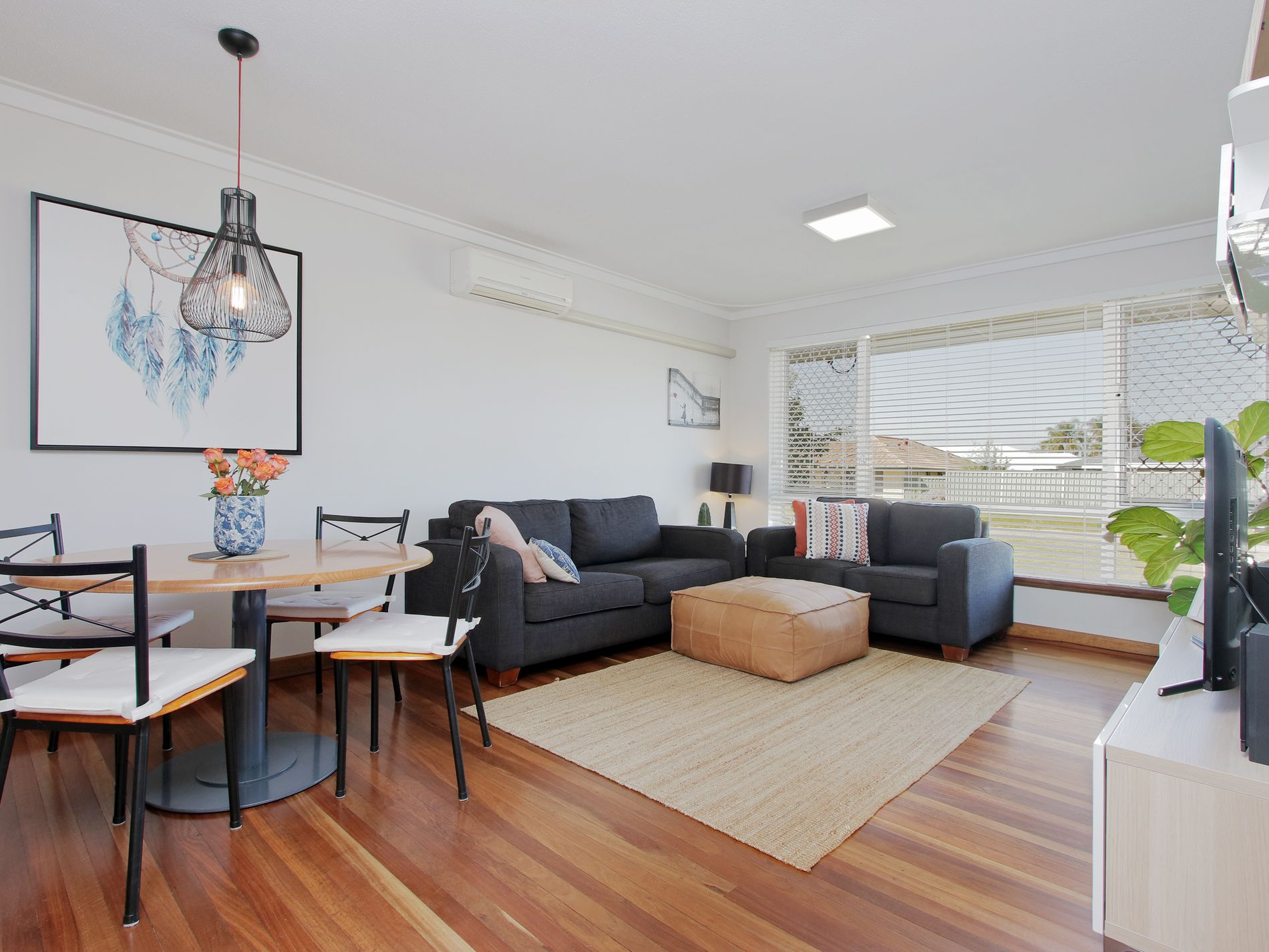 a & b / 11 Oroya Close, Morley