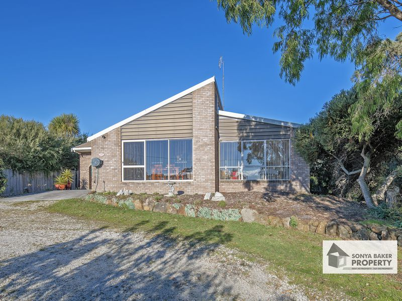 12 Stockdale Avenue, Sisters Beach