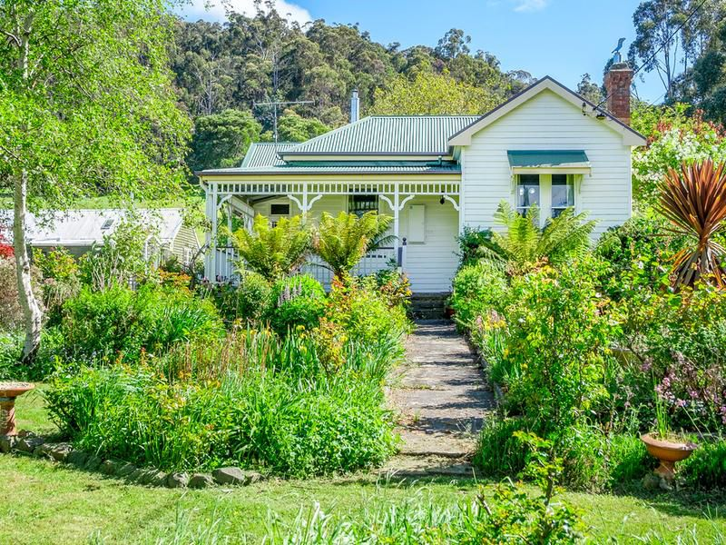 7072 Channel Highway, Gardners Bay