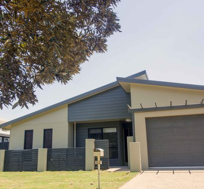 52 Riverwood Drive, Idalia