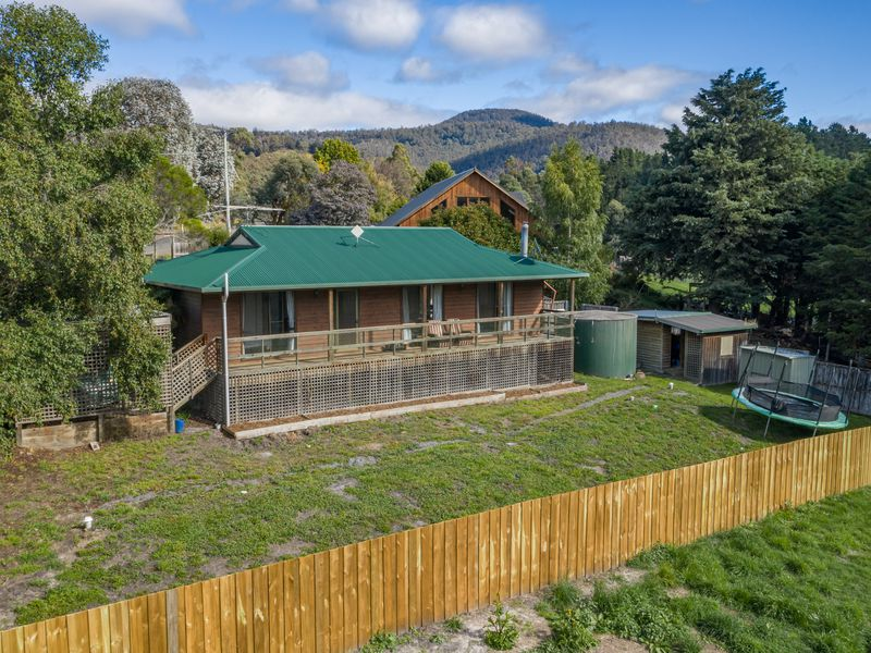 6 Bakers Creek Road, Lucaston