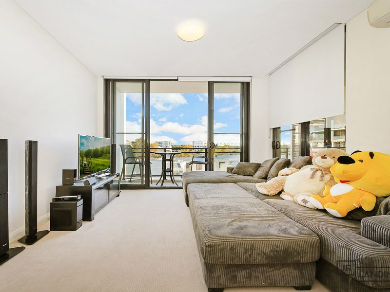 543 / 17 Marine Parade, Wentworth Point