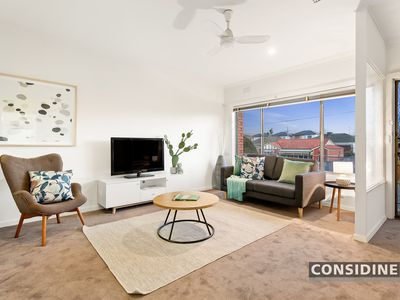 1/136 Hoffmans Road, Essendon