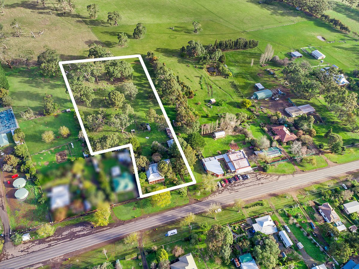 7915 Hamilton Highway, Tarrington
