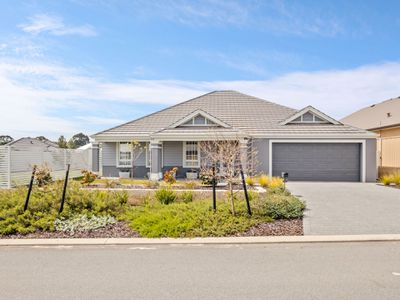 28 Fairlead Link, South Guildford