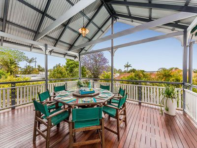 10 Roseberry Parade, Wynnum West