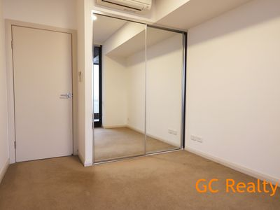 G3.1210 / 10 Burroway Road, Wentworth Point