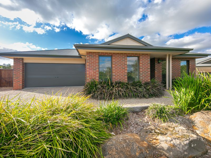 7 Boyd Court, Romsey