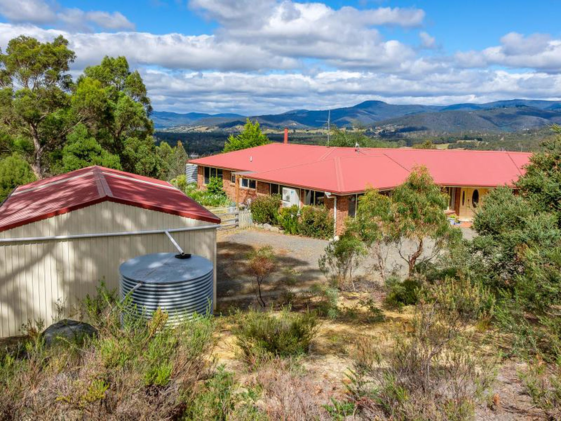 110 Waggs Road, Mountain River