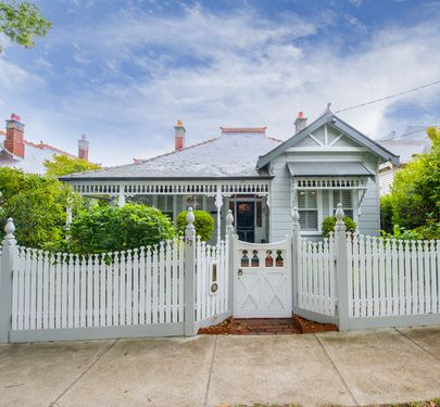 17 Richardson Street, Essendon