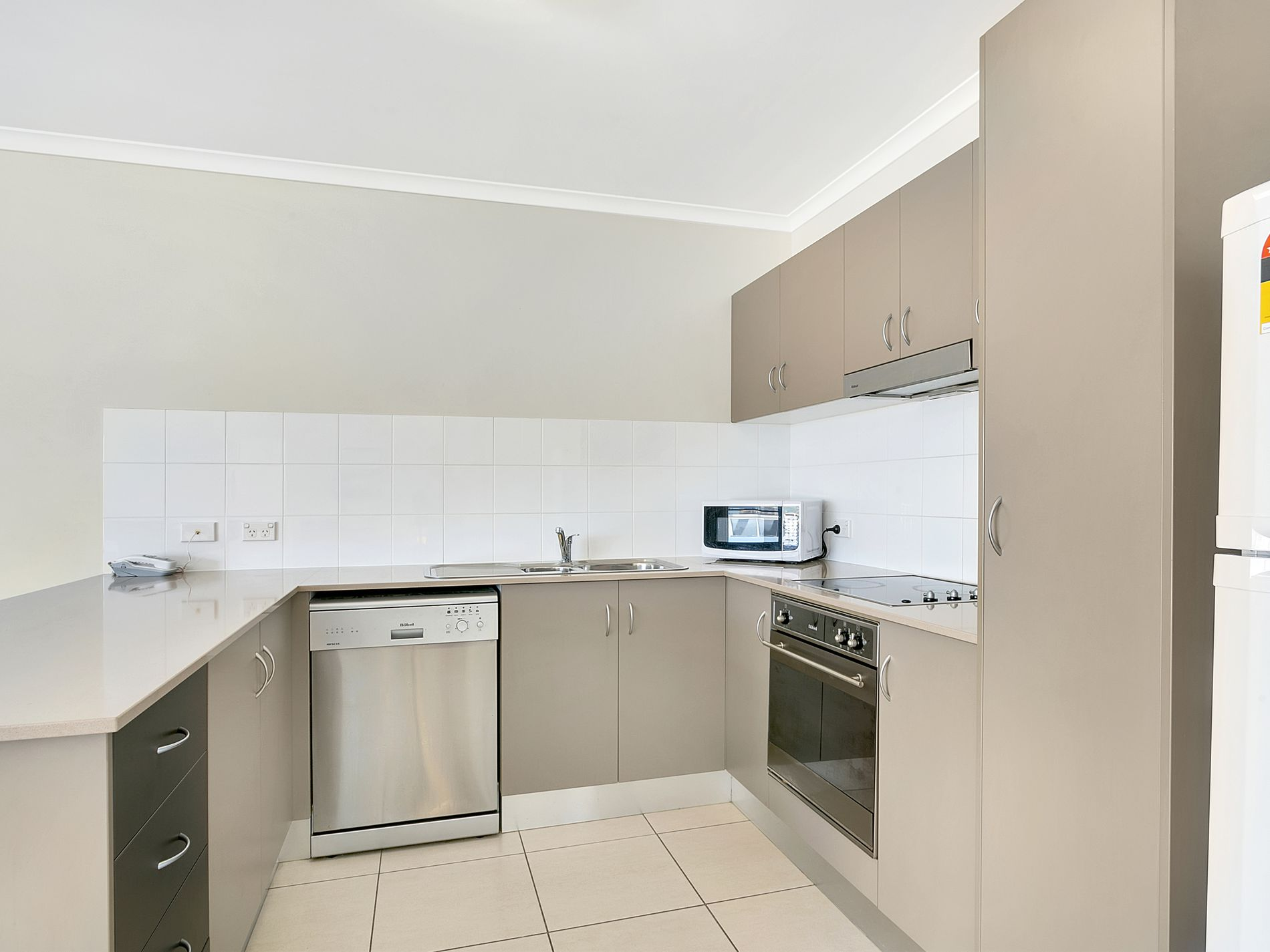 406 / 339 Lake Street, Cairns North