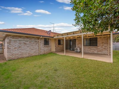2 EMMA PLACE, Springfield Lakes