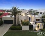 15 King Charles, Sovereign Islands