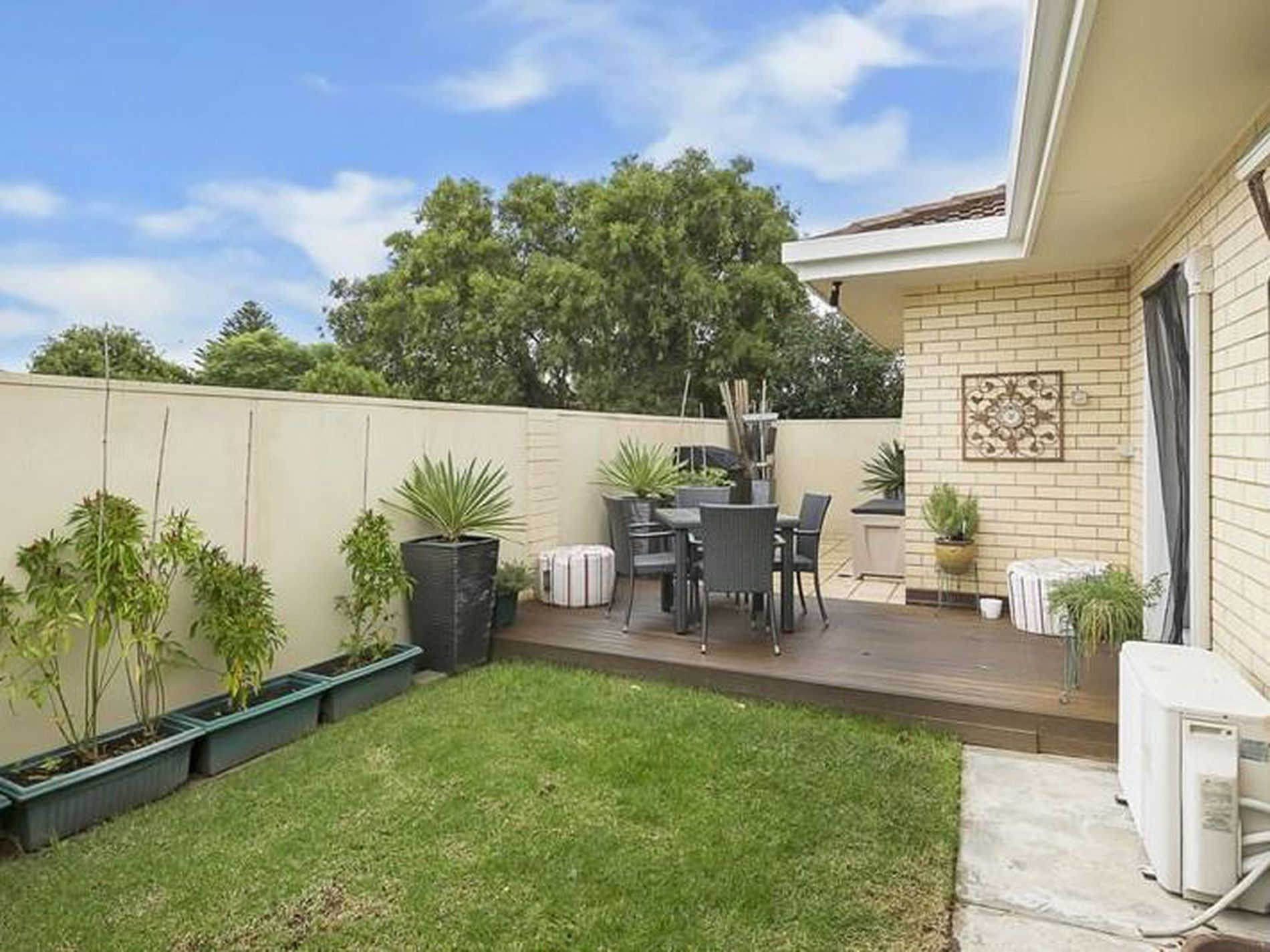 1 / 44 Robert Avenue, Broadview